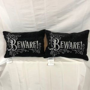 """Other - This pair of """"14x20""""pillows"""